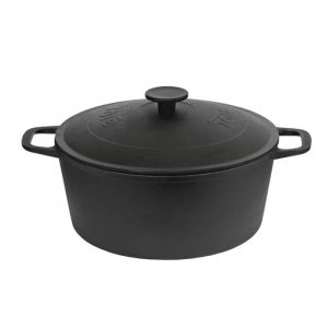 Cast iron casserole with lid 0803