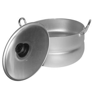 Casserole with 2 metal handles and lid 1017