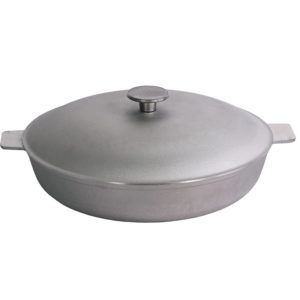 Frying pan with fluted bottom and lid A301