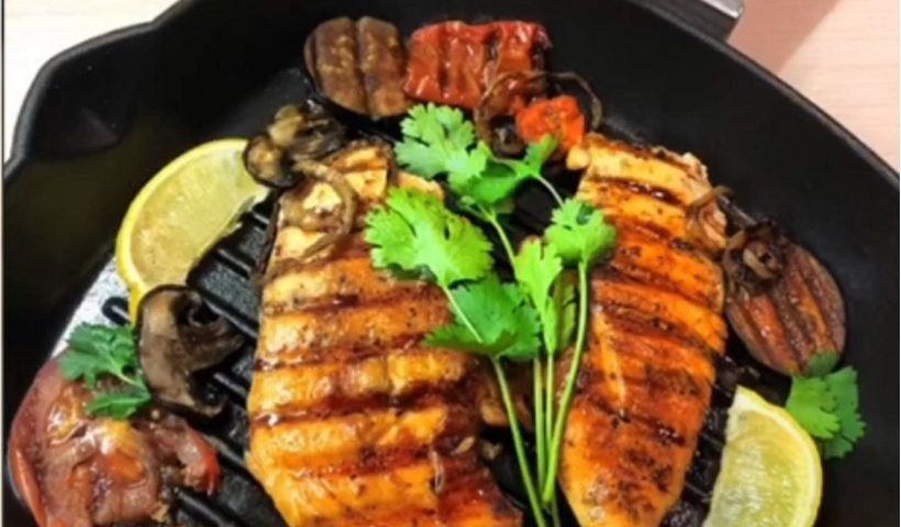 Куриное филе с овощами - гриль